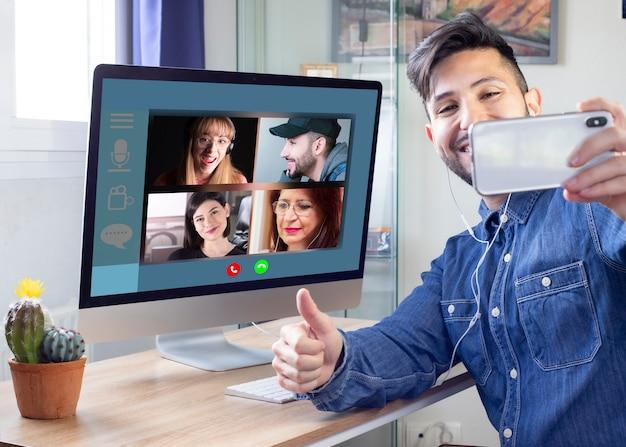 Gezinnen die op afstand communiceren via videoconferentie, kunnen worden gezien
