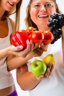 Gezond eten - vrouwen, fruit en groenten