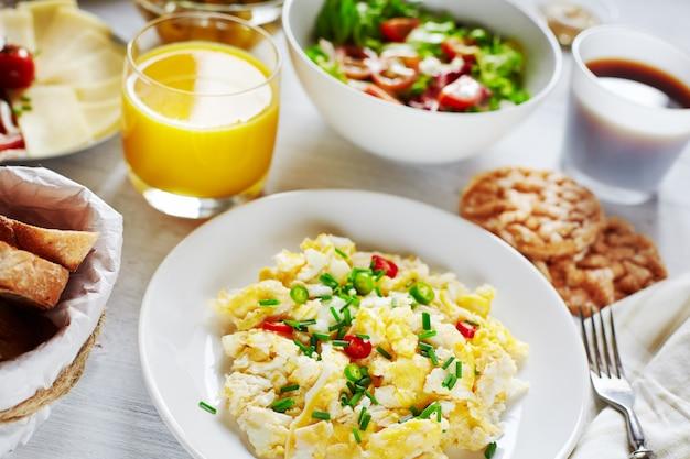 Gezond voedzaam ontbijtvoedsel
