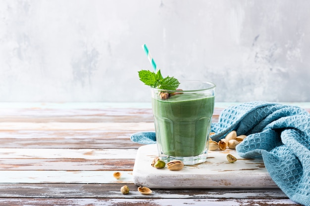 Gezonde groene pistaches smoothie