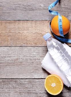 Gezonde samenstelling met fruit en water