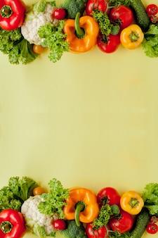 Gezonde schone eetlay-out, vegetarisch voedsel en dieet voedingsconcept