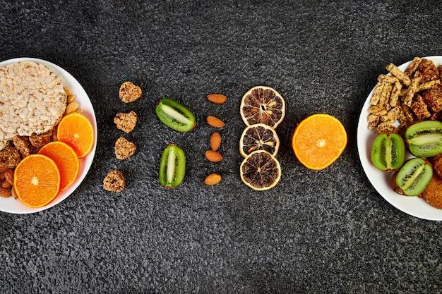 Gezonde snacks verscheidenheid haver mueslireep