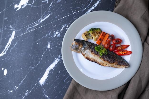 Gezonde voeding bestaande uit niet-giftige groenten vetvrij vlees en gezonde kookmethodes alternatieve voeding voor een goede gezondheid