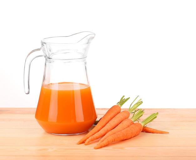 Gezonde voeding - wortels en wortelsap