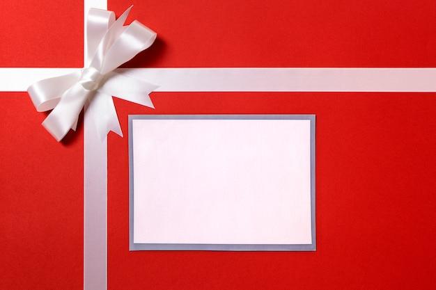 Gift van kerstmis met kaart of label
