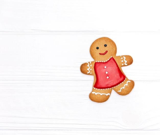 Gingerbread man cookie voor kerstfeestvakantie. kerstkoekjes