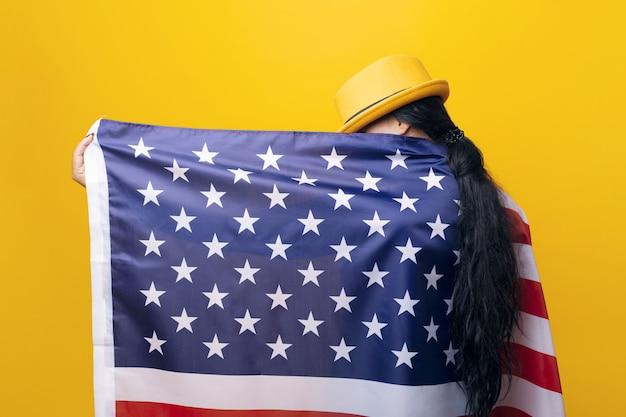 Gir met amerikaanse vlag