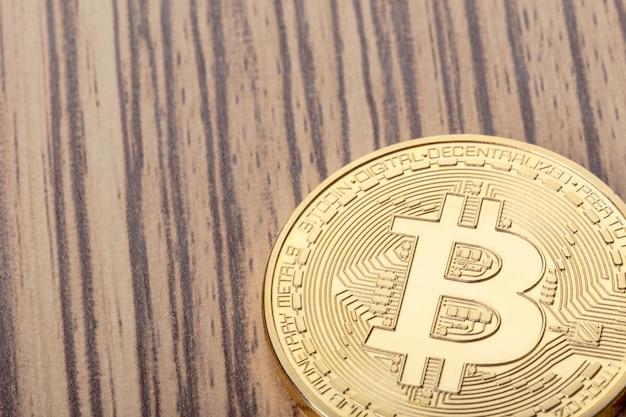 Glanzende gouden bitcoin