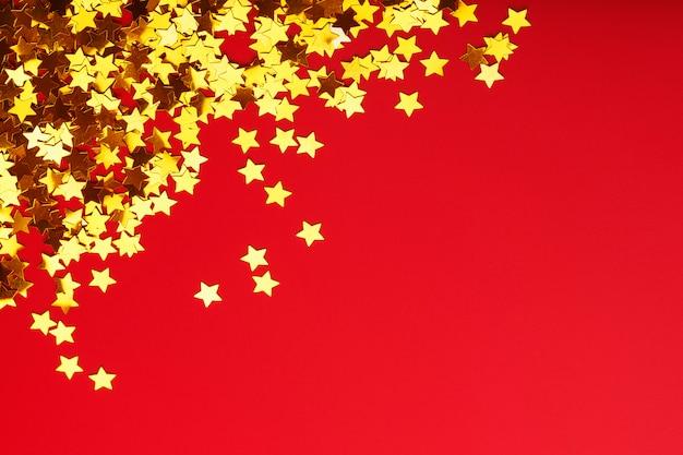 Glanzende gouden papieren sterren