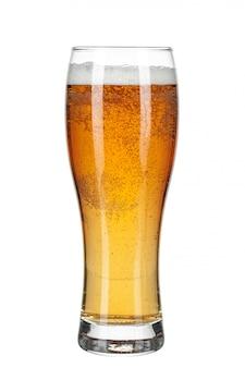 Glas bier geïsoleerd