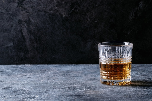 Glas ierse whisky