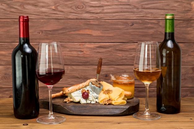 Glas wijn met een tapa