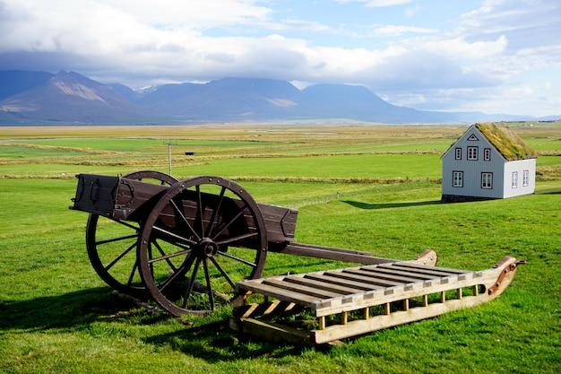 Glaumbaer, grote boerderij met graszoden uit de late jaren 1800 in ijsland, skagafjrur in noord-ijsland.