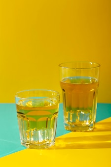 Glazen arrangement met dranken
