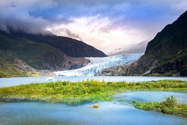 Gletsjer in alaska, gletsjer mendenhall