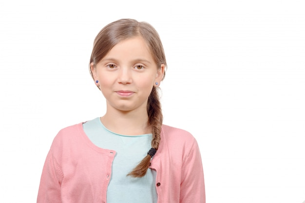 Glimlachend blond meisje met vlecht. meisje negen jaar oud