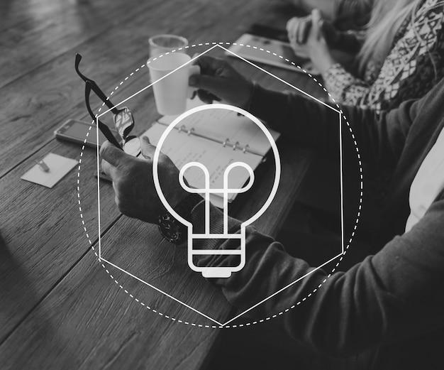 Gloeilamp ideeën creatief icoon