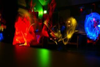 Glowstick dans, gloeiende