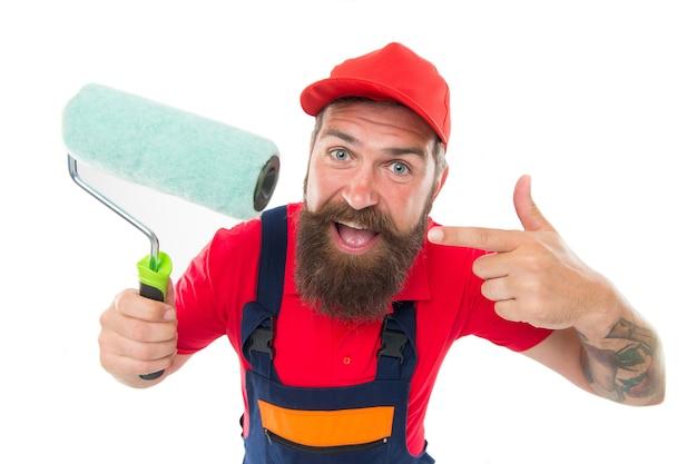 Goede keuze. man bebaarde arbeider repareren in werkplaats. reparatie en renovatie. reparatietips. ingenieur architect. kerelarbeider in bouwvakker. bouwer reguliere werknemer in helm houden tools. snelle reparatie.
