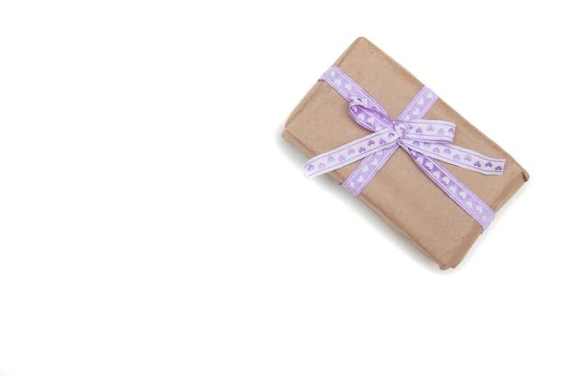 Goft box op een witte achtergrond
