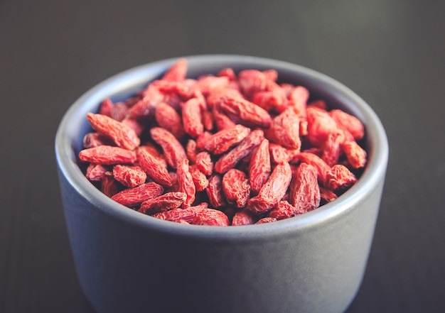 Gojibessen gedroogd superfood in een kom