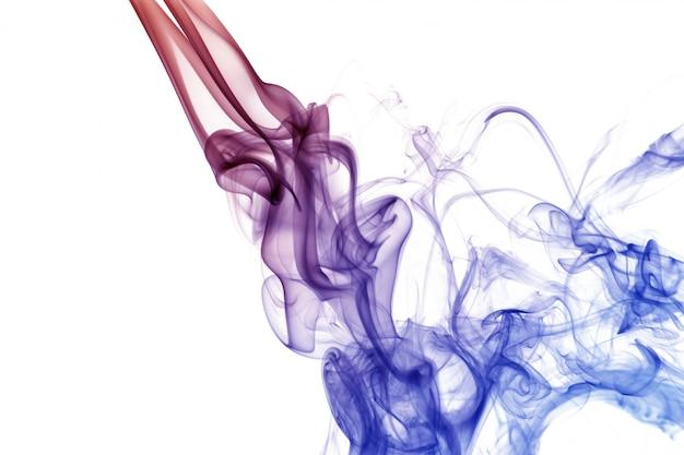Golf en rook van verschillende kleuren die op wit worden geïsoleerd