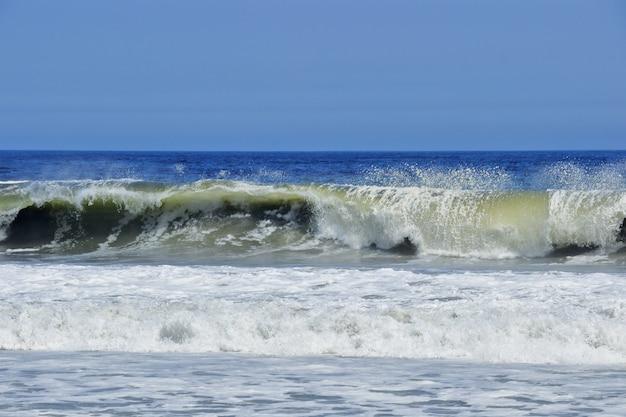 Golven in de zee
