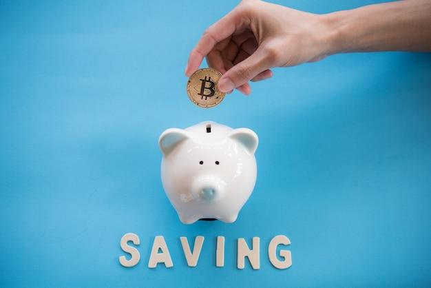 Goud bitcoin-geld is macht, ongeacht of het echt is of niet in de menselijke bedrijfsstijl. zakenlieden zijn dat wel