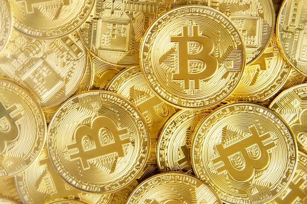 Gouden bitcoins cryptocurrency digitale financiën geremixt