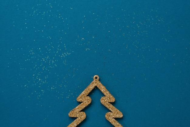 Gouden kerstboom met sparkles