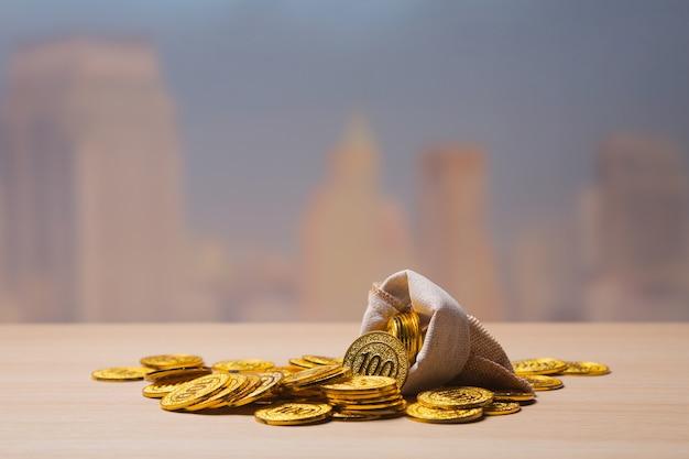 Gouden munten in zak