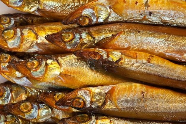 Gouden rookgedroogde vis