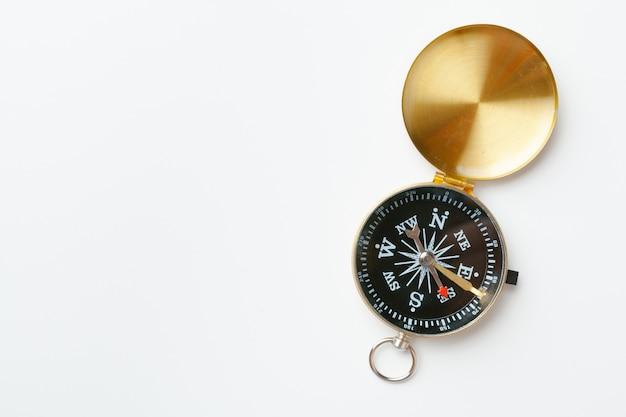 Gouden vintage kompas geïsoleerd
