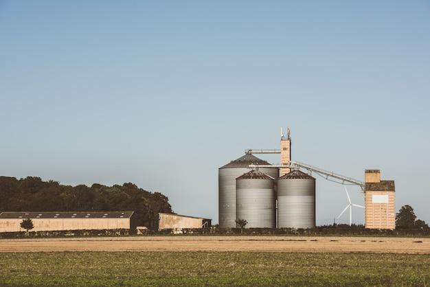 Graansilo's voor landbouwbedrijven