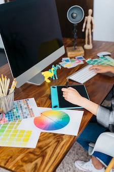 Grafisch ontwerper bureau