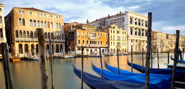 Grand canal in venetië, italië
