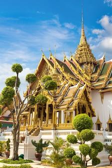 Grand palace in bangkok in thailand