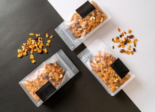 Granencornflakes (cashewnoot, amandel, pompoenpitten en zonnebloempitten) - gezond meergranenvoer