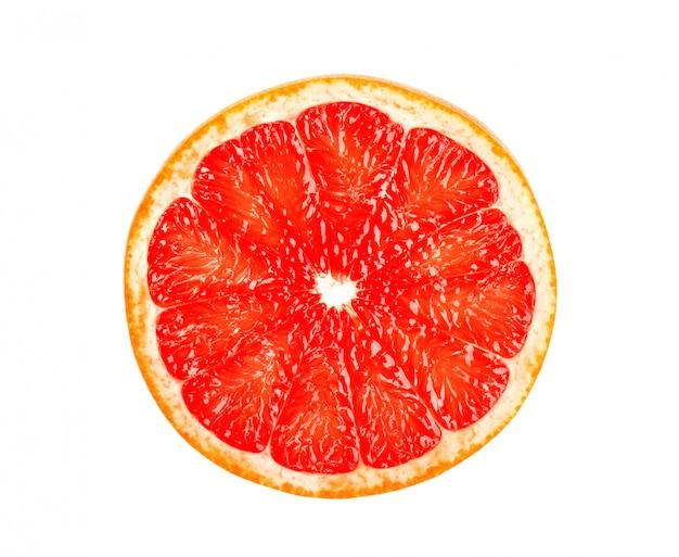Grapefruit die op witte ruimte wordt geïsoleerd. ronde plak van sappige en verse grapefruit. met uitknippad. bovenaanzicht