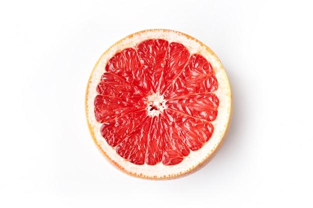 Grapefruit segment geïsoleerd