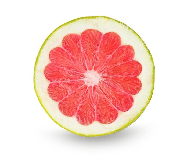 Grapefruit slice geïsoleerd op wit