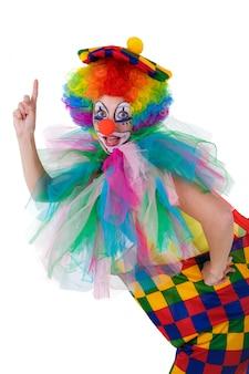 Grappige die clown op wit wordt geïsoleerd