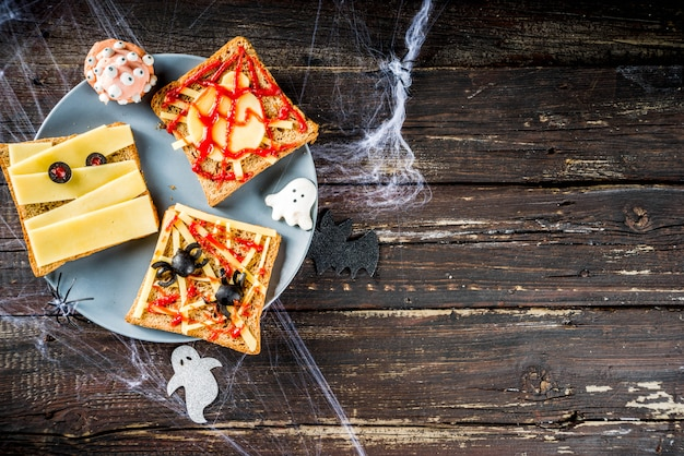 Grappige halloween-broodjes