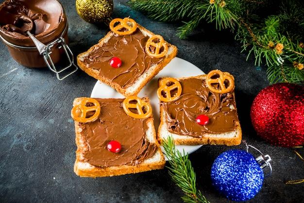 Grappige kerstsandwiches