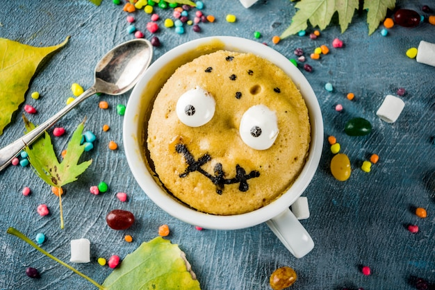 Grappige mokcake voor halloween