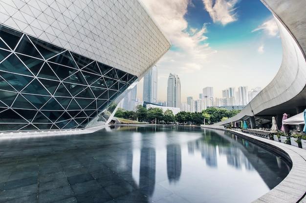 Grijze interne structuur van gebouw
