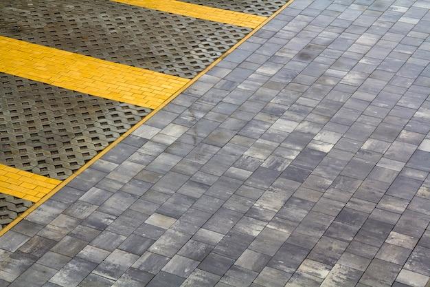 Grijze tegels. klassieke tegelmuurtextuur voor interieur. naadloze textuur patroon achtergrond.