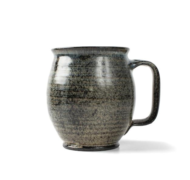 Grijze vintage aardewerk beker geïsoleerd