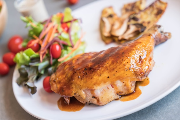 Grillen kippenbiefstuk met teriyaki saus